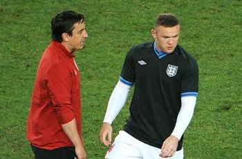 Gary Neville: Rooney exit would be a big mistake