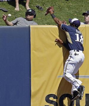 Heisey homers as Reds beat Brewers 16-4