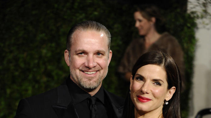 FILE - In this March 7, 2010 file photo, Sandra Bullock and Jesse James arrive at the Vanity Fair Oscar party in West Hollywood, Calif. (AP Photo/Peter Kramer, File)