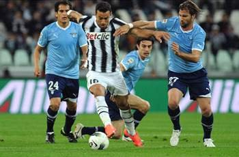 Juventus 2-1 Lazio: Del Piero the hero as late free kick returns Old Lady to Serie A summit