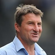Tony Smith is set to welcome back Garreth Carvell and Ben Westwood for clash with St Helens