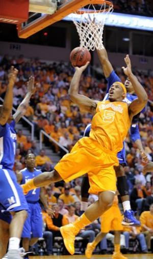 Memphis hangs on to beat rival Tennessee 85-80