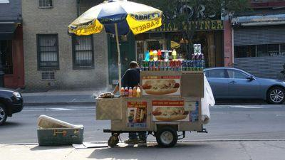 Unsurprisingly, Food Vendor Caught Selling $30 Hot Dogs Is Now Unemployed