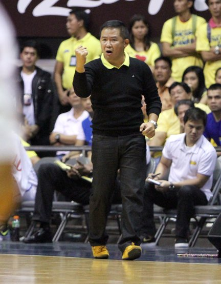 Coach Chot Reyes eggs his team on.