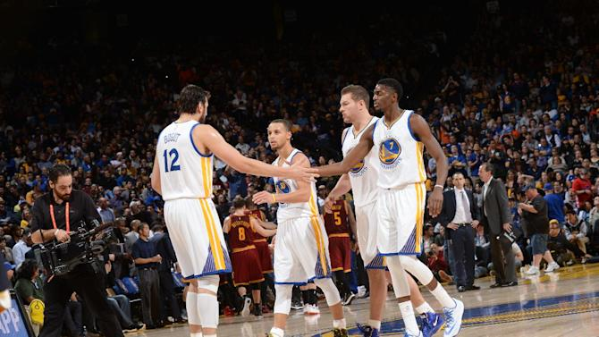 Familiar result for James-less Cavs: 112-94 loss to Warriors
