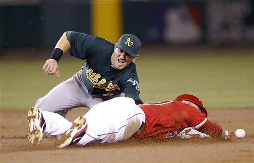 Jarrod Parker, A's slow down Angels with 3-1 win