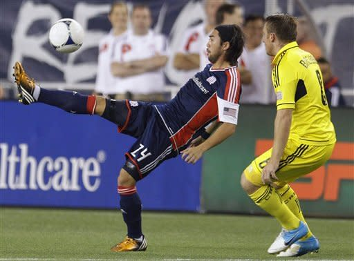 Revolution beat Crew to end winless streak at 10