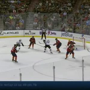 Roberto Luongo Save on Blake Comeau (09:02/1st)