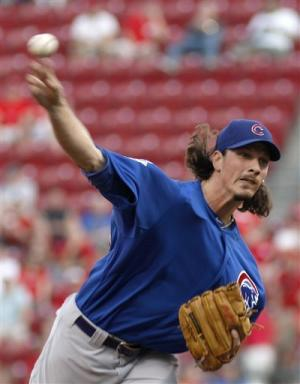 LaHair, Stewart homer to lead Cubs over Reds 3-1