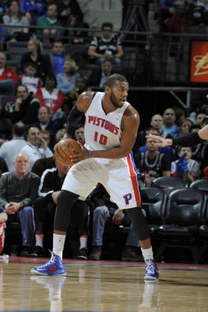 Spurs' streak ends in 119-109 loss to Pistons