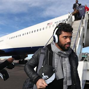 Seattle Seahawks' team charter arrives in Phoenix