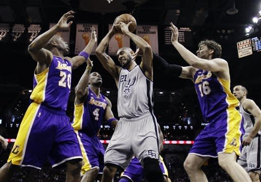 Ginobili, Parker lead Spurs past Lakers in Game 1