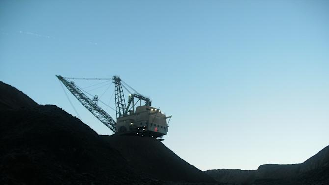 Coal deal could boost exports; Mont layoffs stand