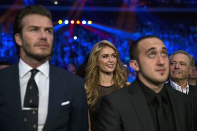 Beckham and Hilton watch Pacquiao fight with Rios during their boxing match in Macau