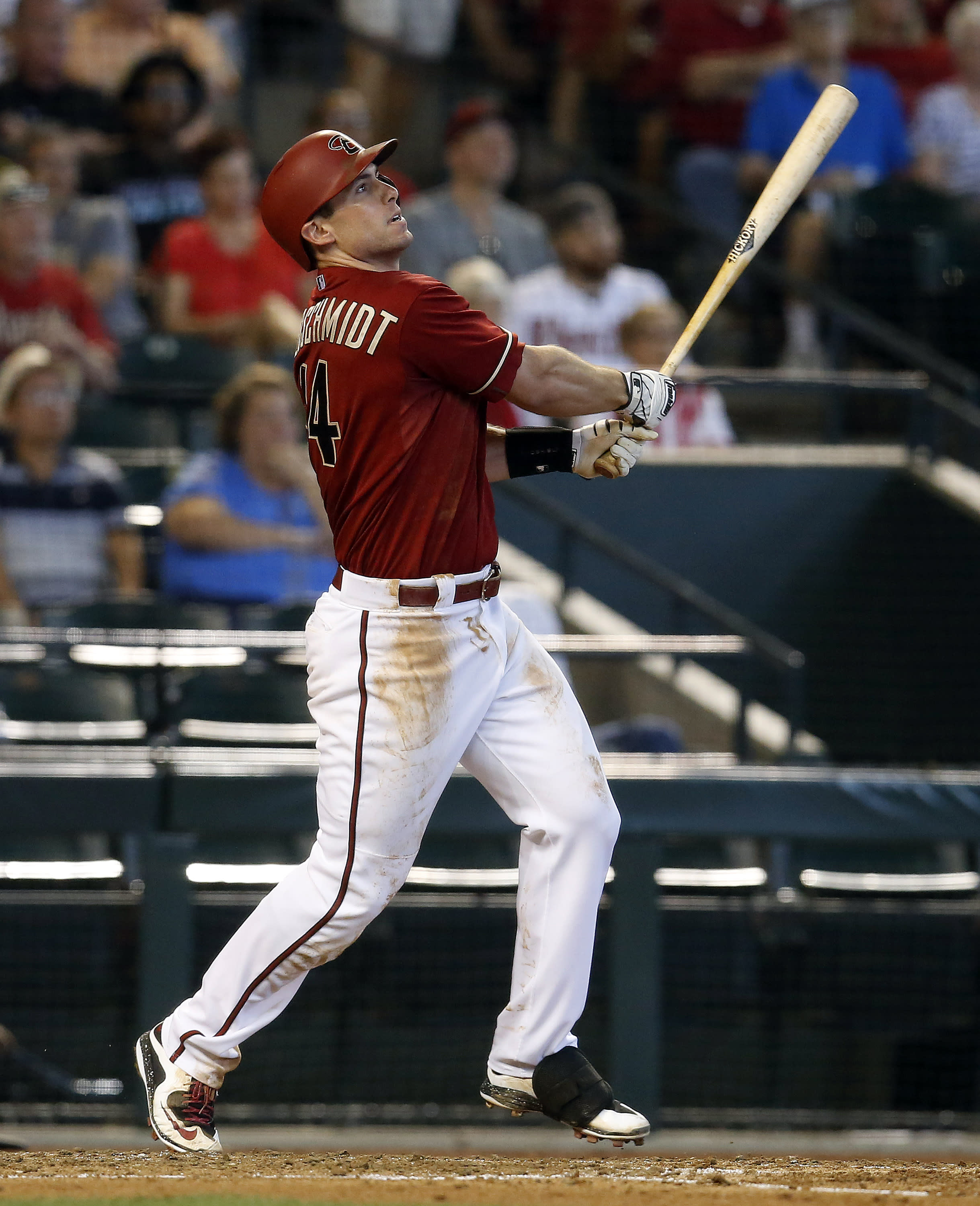 Goldschmidt homers, D-Backs beat Cubs 4-3 to take series