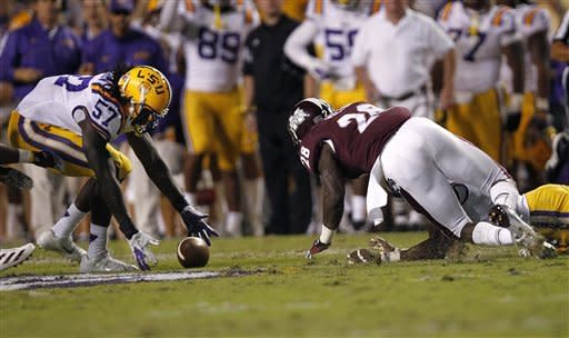 No. 9 LSU defeats  No. 23 Mississippi St., 37-17