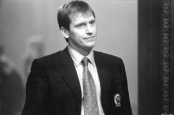 Denis Leary as NYPD Detective Michael McCann in The Thomas Crown Affair