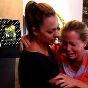 Kendra Wilkinson Can't Stop Crying In New 'Kendra On Top' Teaser