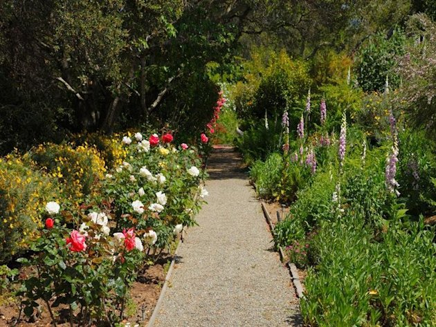 $100 million De Guigné estate comes with quite a contingency flower garden path