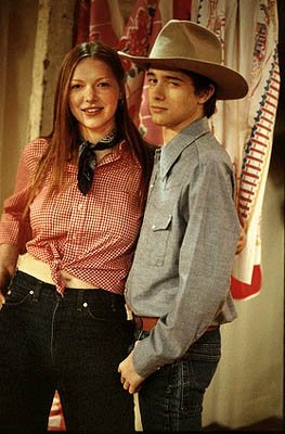 "When Eric (Topher Grace, R) forgets Kitty?s birthday, he gets roped into taking her square dancing and brings Donna (Laura Prepon, L) along for the ride on the ""Kitty?s Birthday (That?s Today?!)"" epis"