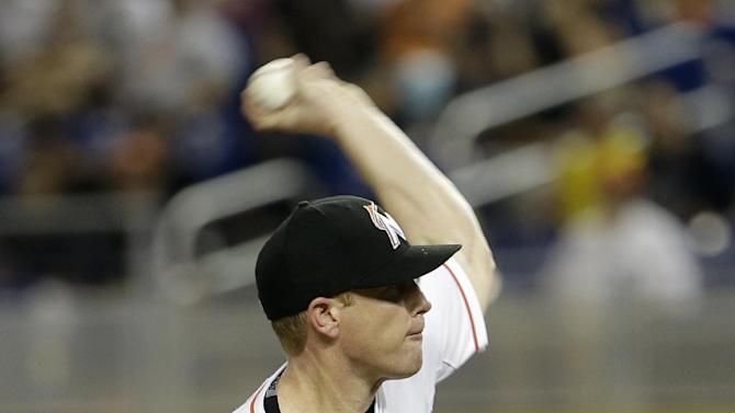 Randy Wolf pitches Marlins past Rays 3-1