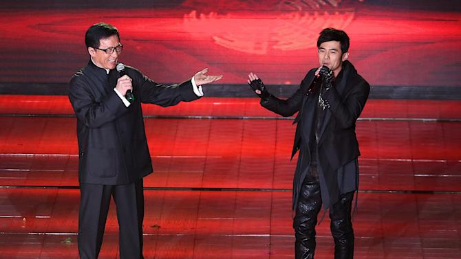 Beijing festival honors 'Back to 1942' as top film