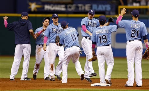Hernandez, Rays sweep Padres for 5th straight win
