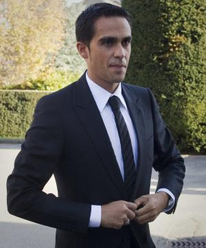 Spanish cyclist Alberto Contador arrives at the world sport's highest court for a hearing to decide if he doped when winning the 2010 Tour de France, at the international Court of Arbitration for Sport, CAS, in Lausanne, Switzerland, Monday, Nov. 21, 2011. (AP Photo/Anja Niedringhaus)