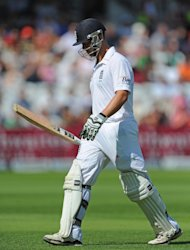 Jonathan Trott went cheaply in England's reply