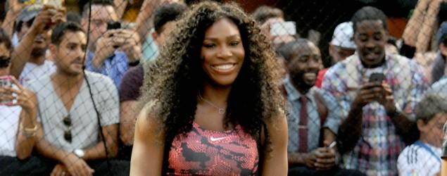 Williams debuts new Nike line to awestruck crowd