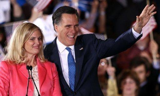 Republican presidential candidate Mitt Romney and his wife Ann Romney