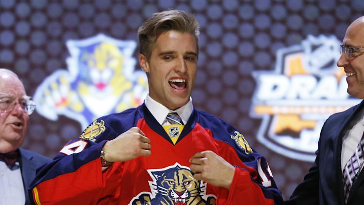Aaron Ekblad, NHL top draft pick, signs with Florida Panthers