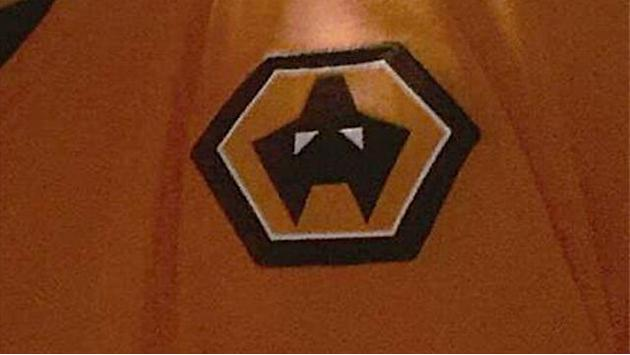 Premier League - Wolves' brilliant response to grumbling fan after shirt cock-up