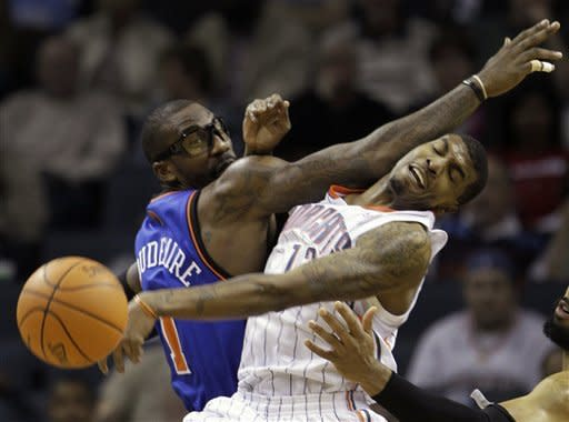Knicks snap 6-game skid, rout Bobcats 111-78
