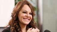"""<b>""""La Diva de la Banda"""" hizo mucho antes de morir.</b> Fue una excelente madre y abuela, triunfó como cantante, vendió más de 20 millones de discos, ganó numerosos premios, fue la primera cantante de música mexicana en recibir una estrella en el Paseo de la Fama y la primera artista regional mexicana en participar en festejos del Súper Bowl."""
