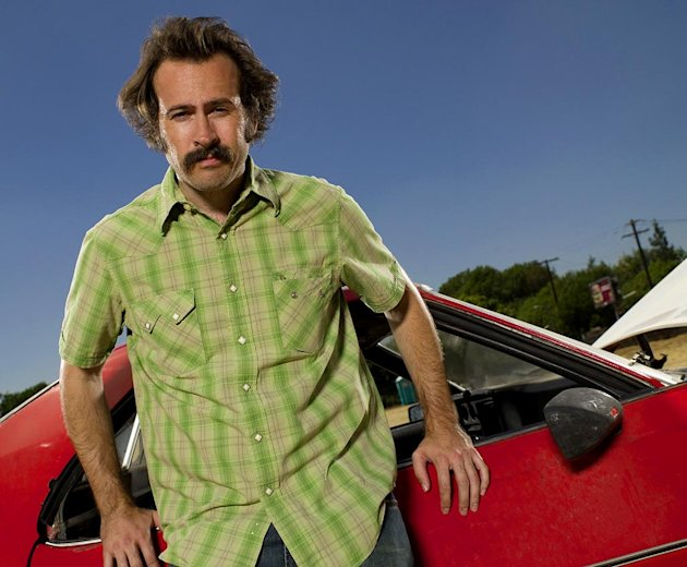 Jason Lee receives a Best Actor (Comedy) Golden Globe nomination for his role as Earl on My Name Is Earl.