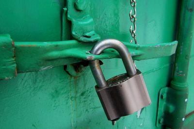 Web encryption technology is 20 years old. So why isn't every site using it?