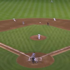 Fernandez gets bases-loaded DP