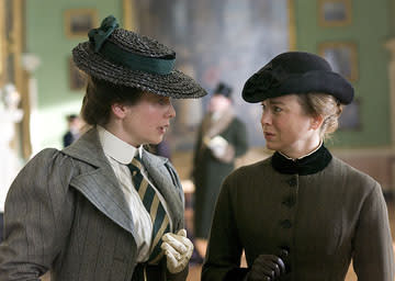 Emily Watson and Renee Zellweger in Weinstein Company's Miss Potter