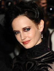 Eva Green lands leading lady role in 300 sequel