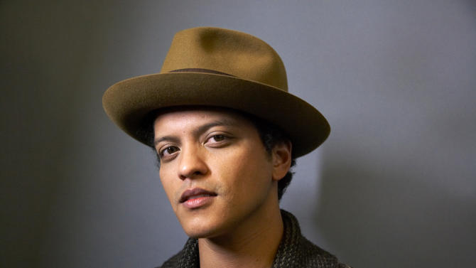 Bruno Mars: 'SNL' can call me whenever they want