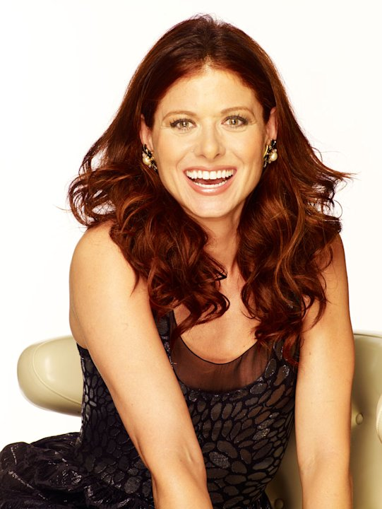 Debra Messing stars as Molly Kagan in The Starter Wife: The Series.