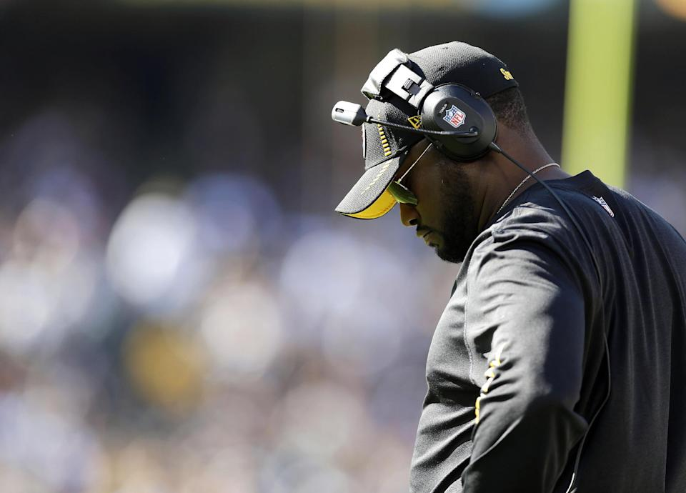 Pittsburgh Steelers head coach Mike Tomlin stands on the sidelines during the third quarter of an NFL football game against the Oakland Raiders in Oakland, Calif., Sunday, Sept. 23, 2012. The Raiders won 34-31. (AP Photo/Marcio Jose Sanchez)