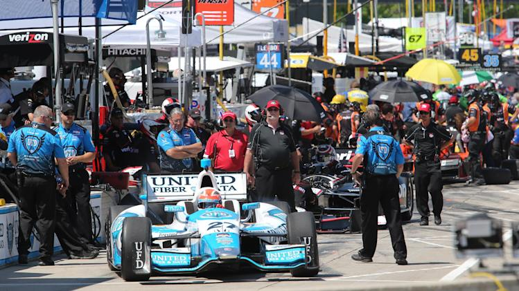 IndyCar drivers in for quite a shift at Detroit GP