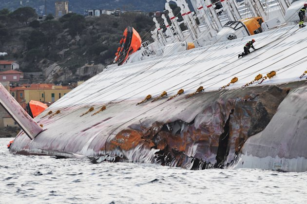 El Costa Concordia se hunde