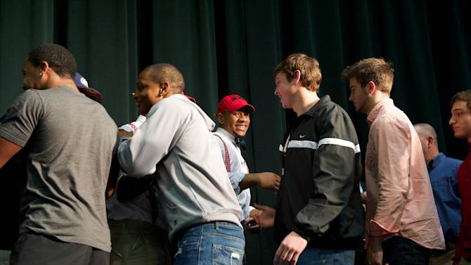 High School Football: National Signing Day-Robert Nkemdiche