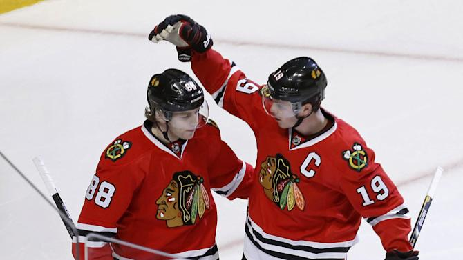 Blackhawks, Toews, Kane reach 8-year extensions