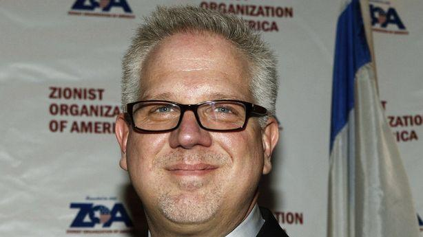 What's Behind Glenn Beck's Last Minute Cameo at a Romney Rally