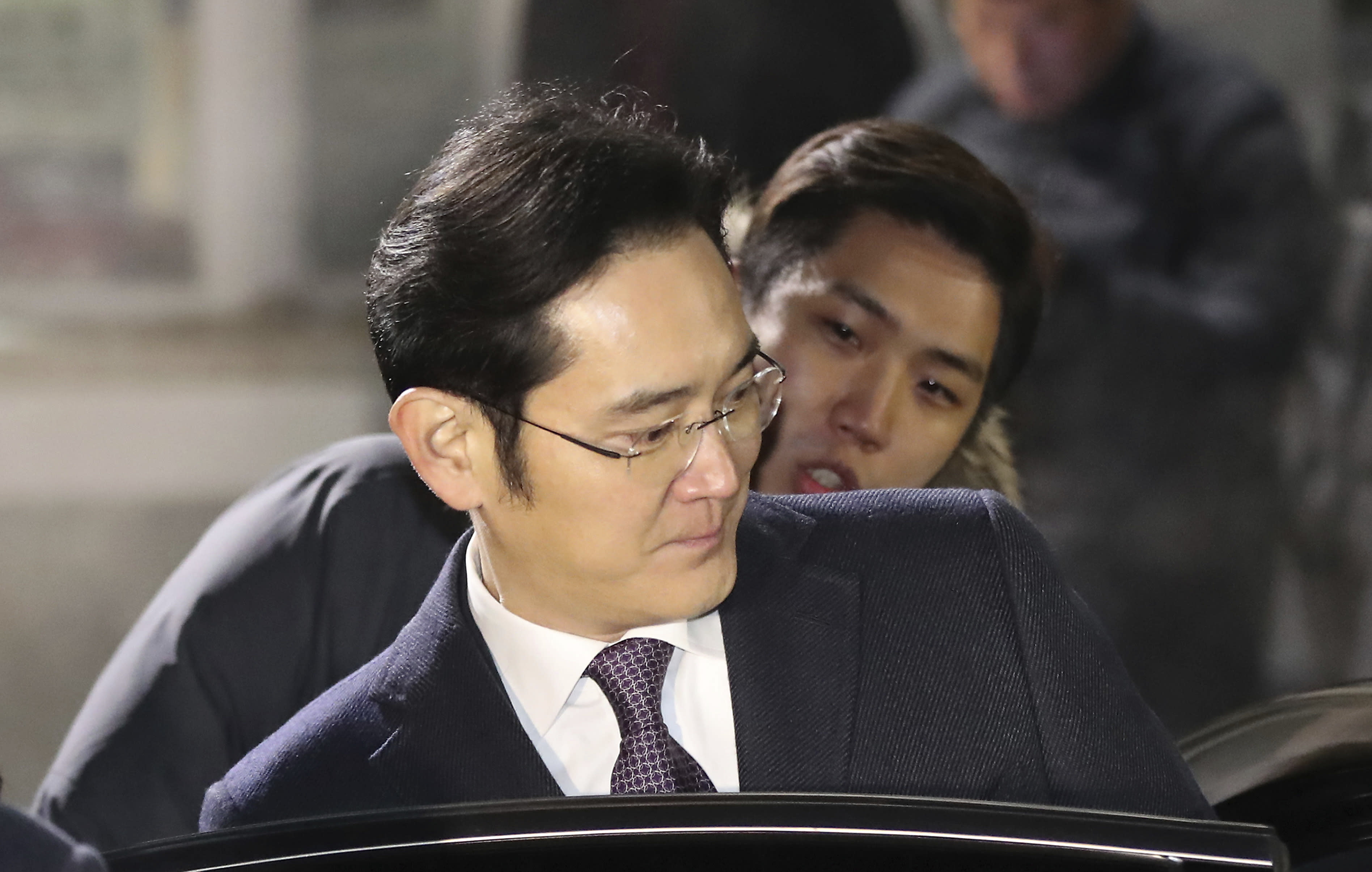 Court denies a request to arrest Samsung's de facto head