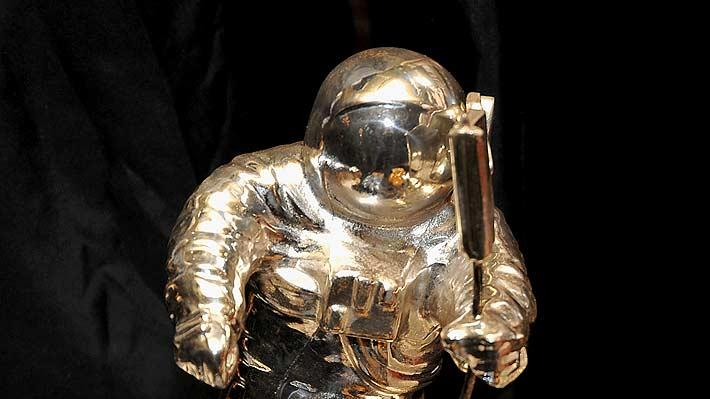 MJ Auction moonman